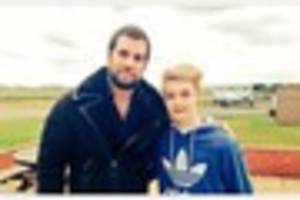 regional: superman actor flies into westcountry airport